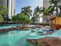Swimming Pool - Mantra Crown Towers Surfers Paradise
